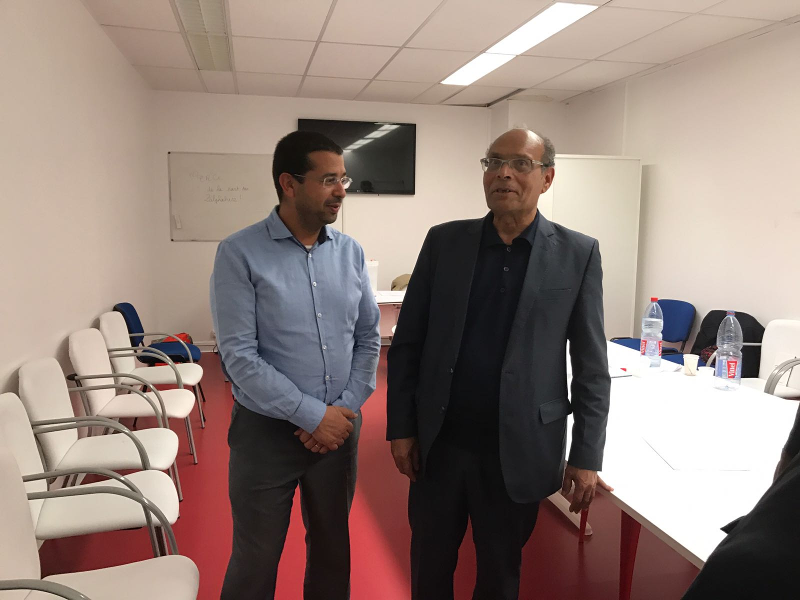 استقبل السيد شكري السعيدي مدير وكالة اسفار ڨو مكة يوم الجمعة 17 مارس 2017 الدكتور المنصف المرزوقي الذي أدى زيارة إلى مقر ڨو مكة بباريس