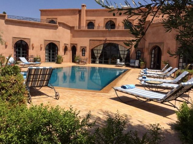 S jour en villa avec piscine priv e en groupe pr s de - Location maison avec piscine marrakech ...